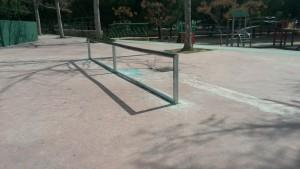 Rail sección circular en Burjassot Valencia skatepark