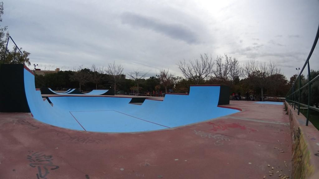 Burjassot-skatepark-bowl-la-granja-sex-and-skate-and-rocknroll