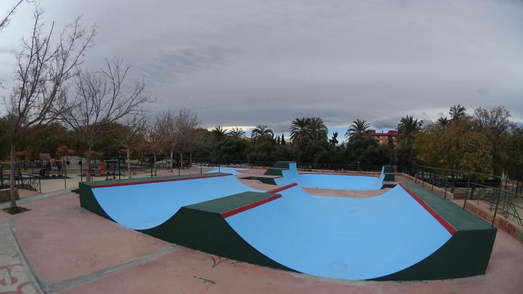 Burjassot-skatepark-minirampsl-la-granja-sex-and-skate-and-rocknroll