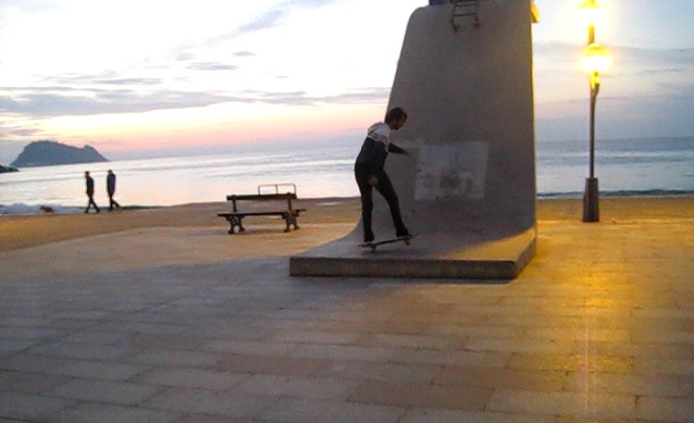 Ollie to manual en el paseo de Zarautz