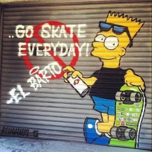 Pintada graffiti de Bart Simpson skater y graffitero