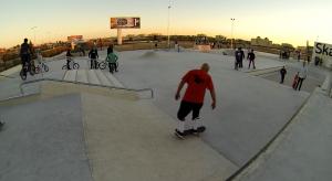 Plano inclinado y escaleras Santa Pola skatepark