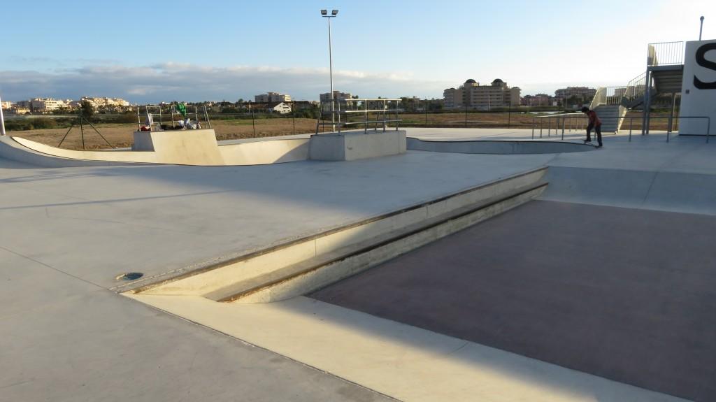 skatepark-Santa-Pola-bowl-planos-inclinados