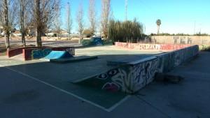 Manual-pad-quarter-funbox-sueca-skatepark