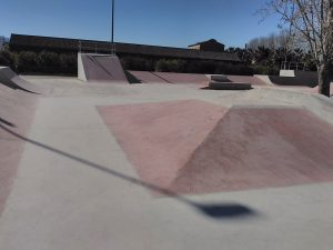 sueca-skatepark-piramide