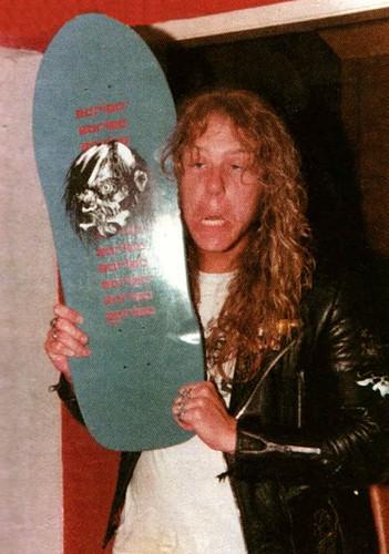 James Hetfield flipaba con el skate
