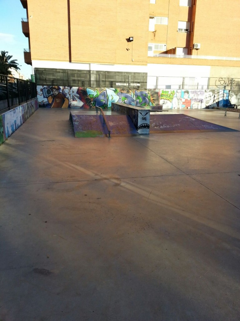 Pirámide, funbox, rail y hubba de La Vall d´Uixó
