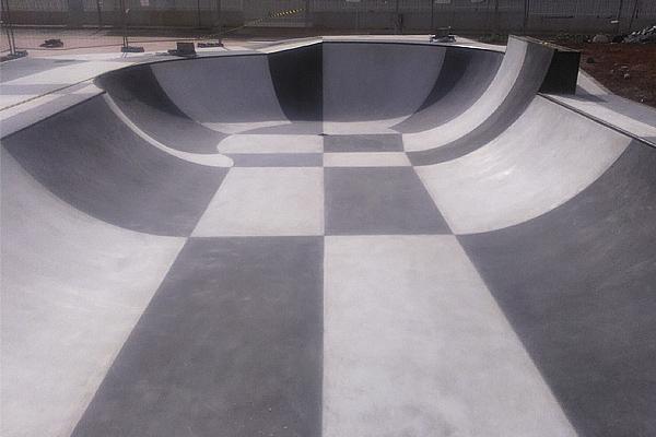 Foto-Denia-skatepark-bowl-Daniel-yabar-sex-and-skate-and-rocknroll