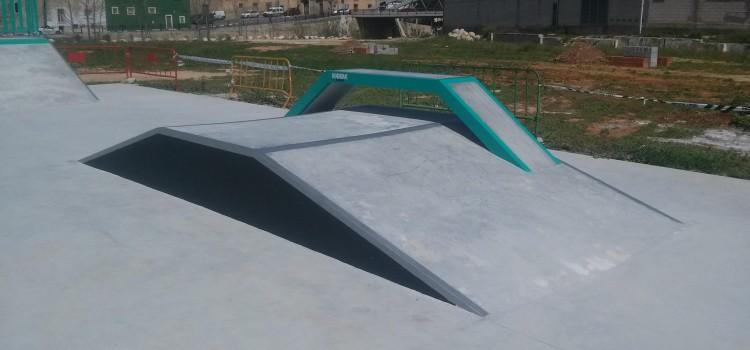 Beniarbeig-maniak-ramps-funbox
