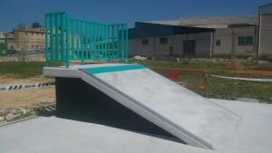 Beniarbeig-plano-inclinado-maniak-ramps-skaetpark-sex-and-skate-and-rocknroll