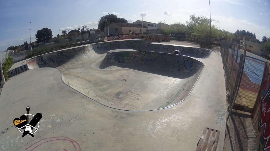 Foto-bowl-de-L-Eliana-skatepark-3-sex-and-skate