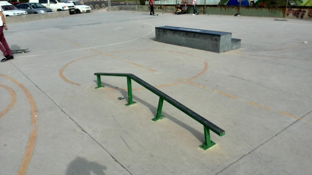 Villarreal skatepark-fotos-rail-cajón