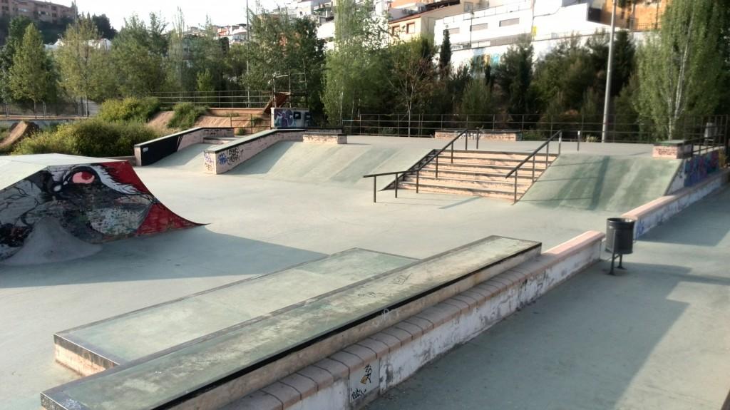 Foto-Bola-de-oro-skatepark-Granada-skateplaza-zona-street