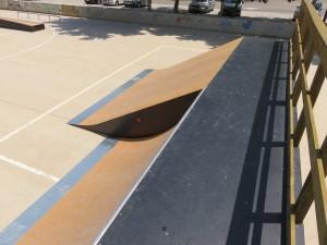 Foto-nuevo-skatepark-alaquas-plano-quarter