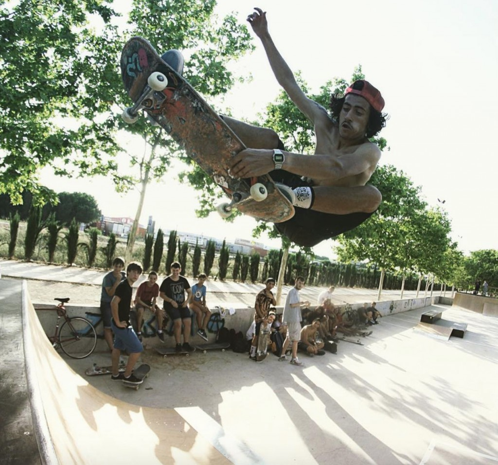 Lucas-Amador-skatepark-Alaquàs-foto-indy-grab