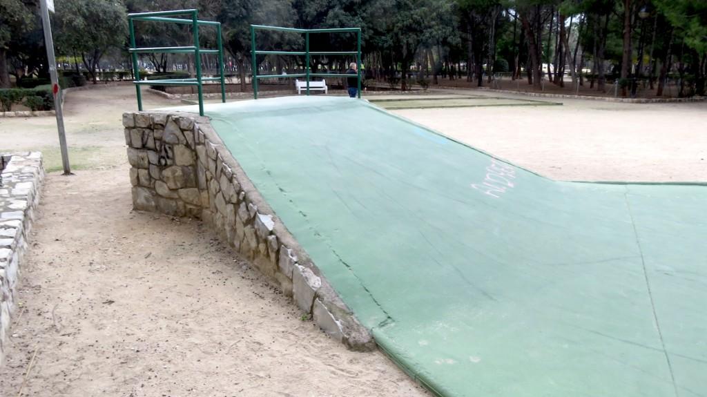 skatepark-alzira-alquenencia-plano-inclinado