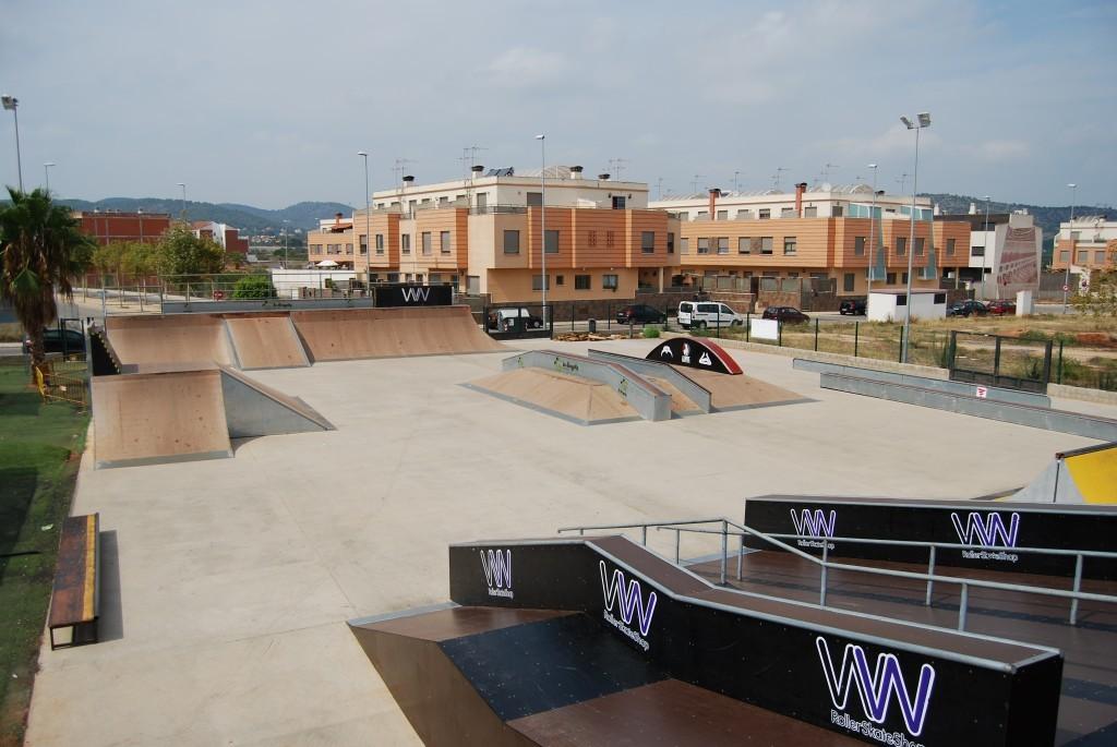 oneloveskateramps-modulos-vista-general-onda-skatepark