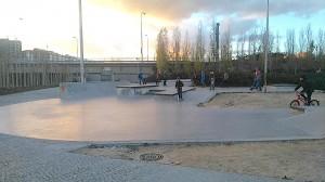 skatepark-de-madrid-legazpi-bowl-cajones-rails