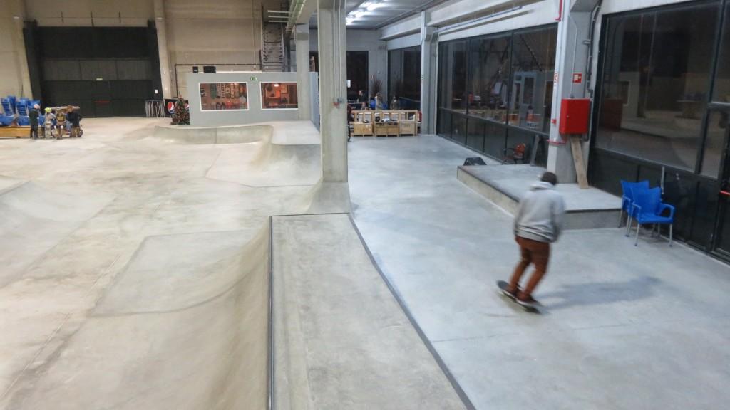 foto-skatepark-la-nave-indoor-Madrid-zona-street