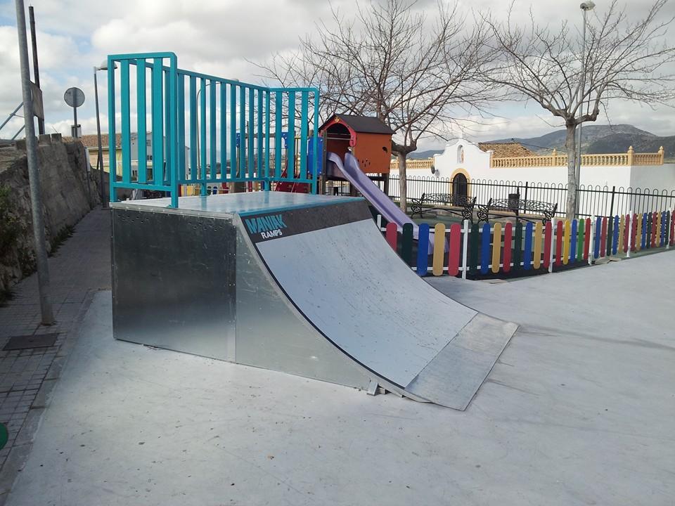 skatepark-Benitatxell-2-quarter