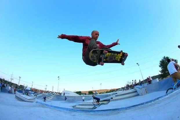 Pablo-sanchez-skateboarding-La-Nucia-Alicante