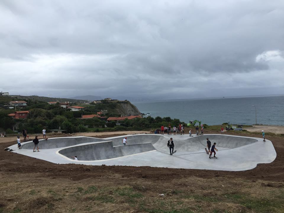 skatepark-de-sopelana-vizcaya-euskadi-bowl-2