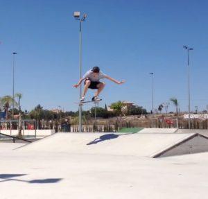 kickflip-alejandro-beneito-colomina-kickflip