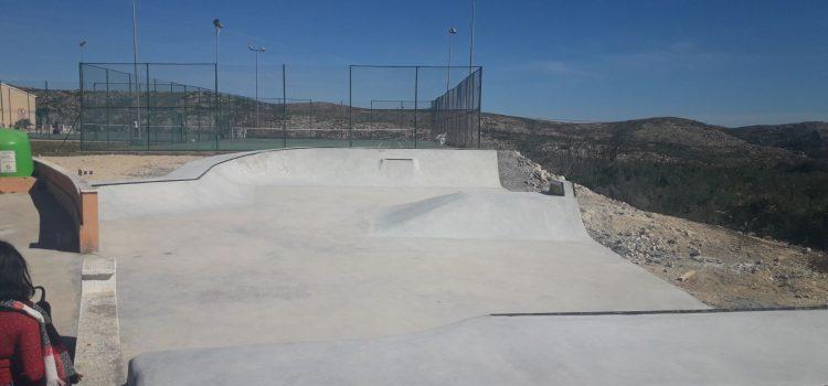 Skatepark Urbanización CUMBRES DEL SOL, Benitatxell (Alicante)