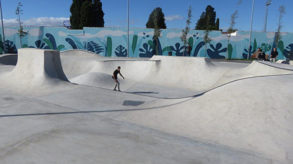 skatepark-quart-de-poblet-1-bowl